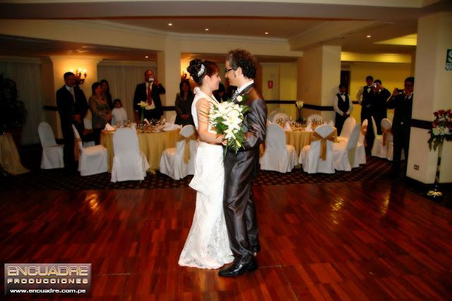 foto boda novios hotel lima peru