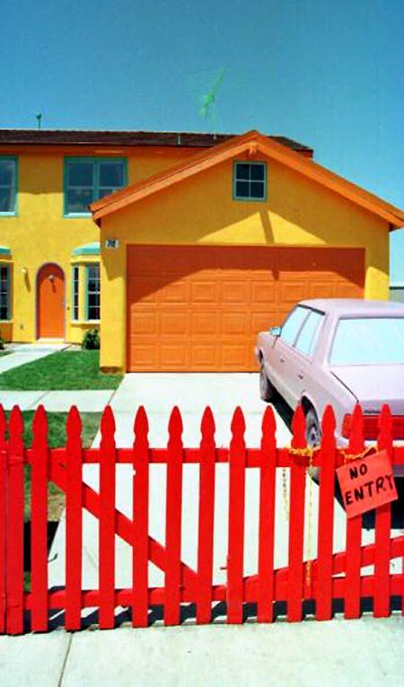 http://2.bp.blogspot.com/_-W9OaY4oYcY/S-FhO9CLvfI/AAAAAAAACKM/RRaTGUMWxlY/s1600/Casa+dos+simpsons+de+verdade+11.jpg