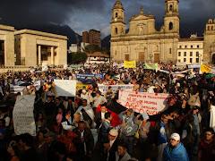 MARCHA EN APOYO AL REFERENDO: PLAZA DE BOLIVAR
