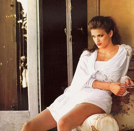 into the beautiful house looking for gold but there was no one there    Gia Carangi Last Days