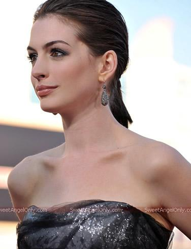 Anne Hathaway Wallpaper Hd. More HOT Wallpapers of Adriana
