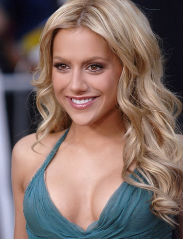 Hot Wallpapers-Brittany Murphy ~ Fun Hungama Brittany