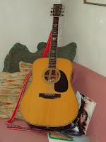 Billede af min egen akustiske western guitar