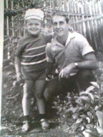 Eu si tatal meu , acum multi ani de zile !