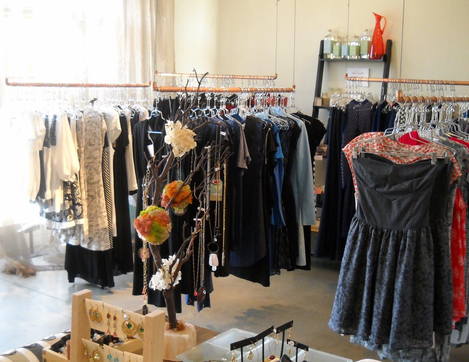 Scarlett garnet jewelry new boutiques for scarlett garnet for Small boutiques