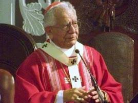 una hora menos de Internet y más tiempo de oración pide Cardenal