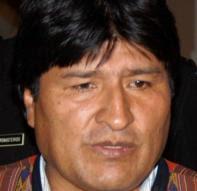 """""""evo miente, no tiene ni siquiera la hidalguía de Chávez que supo reconocer que perdió"""""""