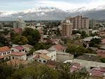 en la plaza principal de Cochabamba, que vemos con el Tunari