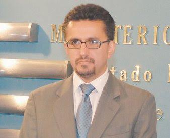 Sacha Llorenti el ministro mentiroso e intrigante