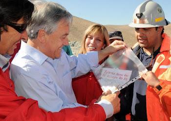 con alegría profunda el Presidente Piñera anuncia la novedad
