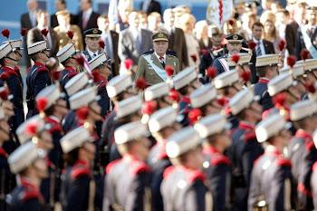 tres mil soldados participaron en la fiesta del 12 de octubre en España