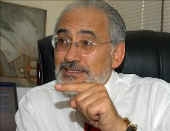 con precisión señala el historiador y ex-presidente Carlos Mesa
