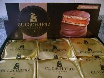 los alfajores son pasteles muy apetecidos en Argentina, Uruguay, Bolivia y conocidos ampliamante