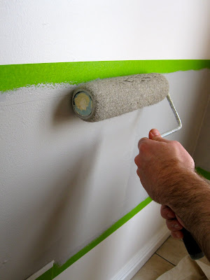 how to paint strips on a wall
