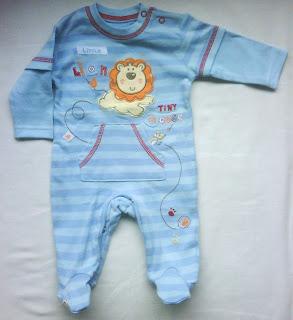 Jumper bayi laki-laki branded