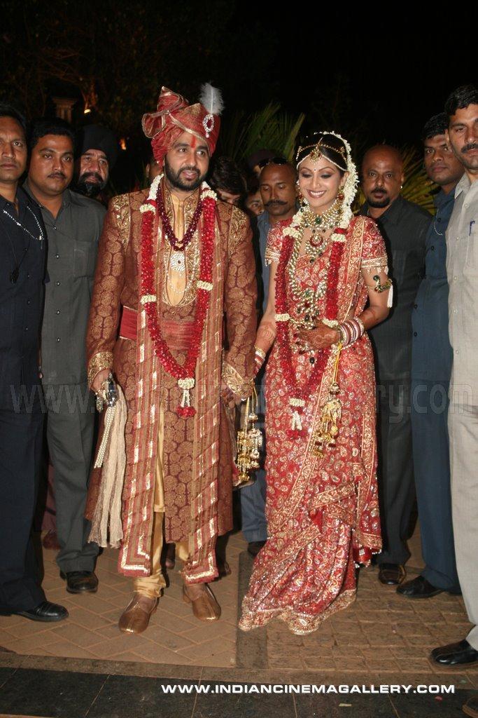 Indian Cinema Gallery Shilpa Shetty Wedding Reception Photos Of Celebrities From Shilpa Shetty