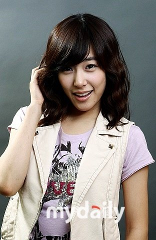 Tiffany Birth Name: Stephanie Hwang /스테파니 황