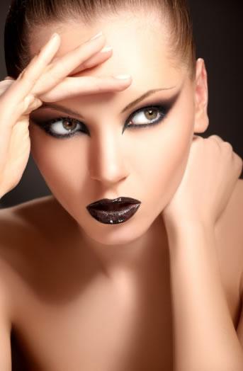 crazy makeup. crazy makeup styles.