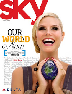 Heidi Klum Smiles On The Sky