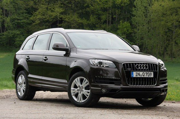 Audi Q7 Interior 2011. Audi offers the Q7 with five,
