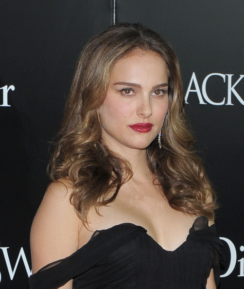 Natalie Portman Red Carpet Looks. Natalie Portman at Black Swan
