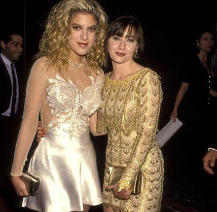 90210: tori spelling torna nei panni di donna martin