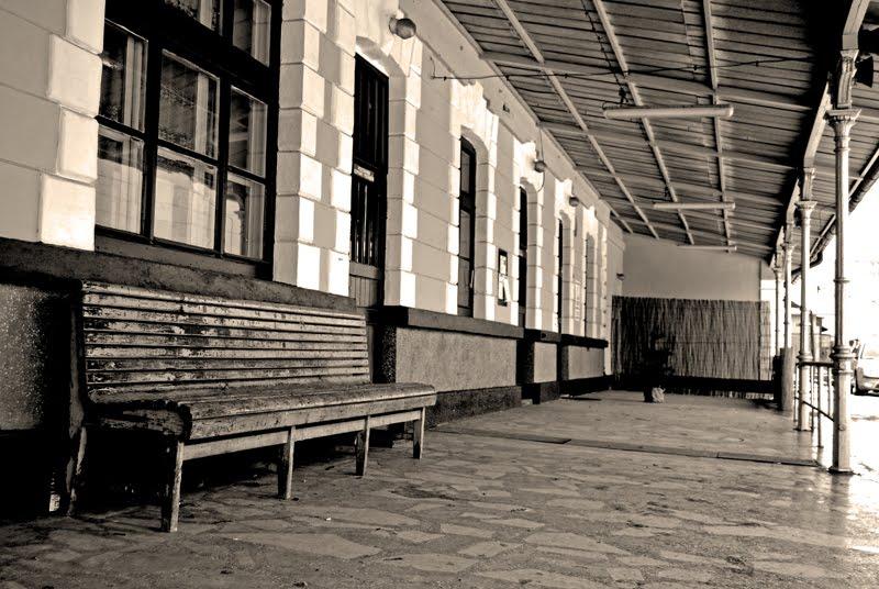 [dworzec+Staroniwa.jpg]