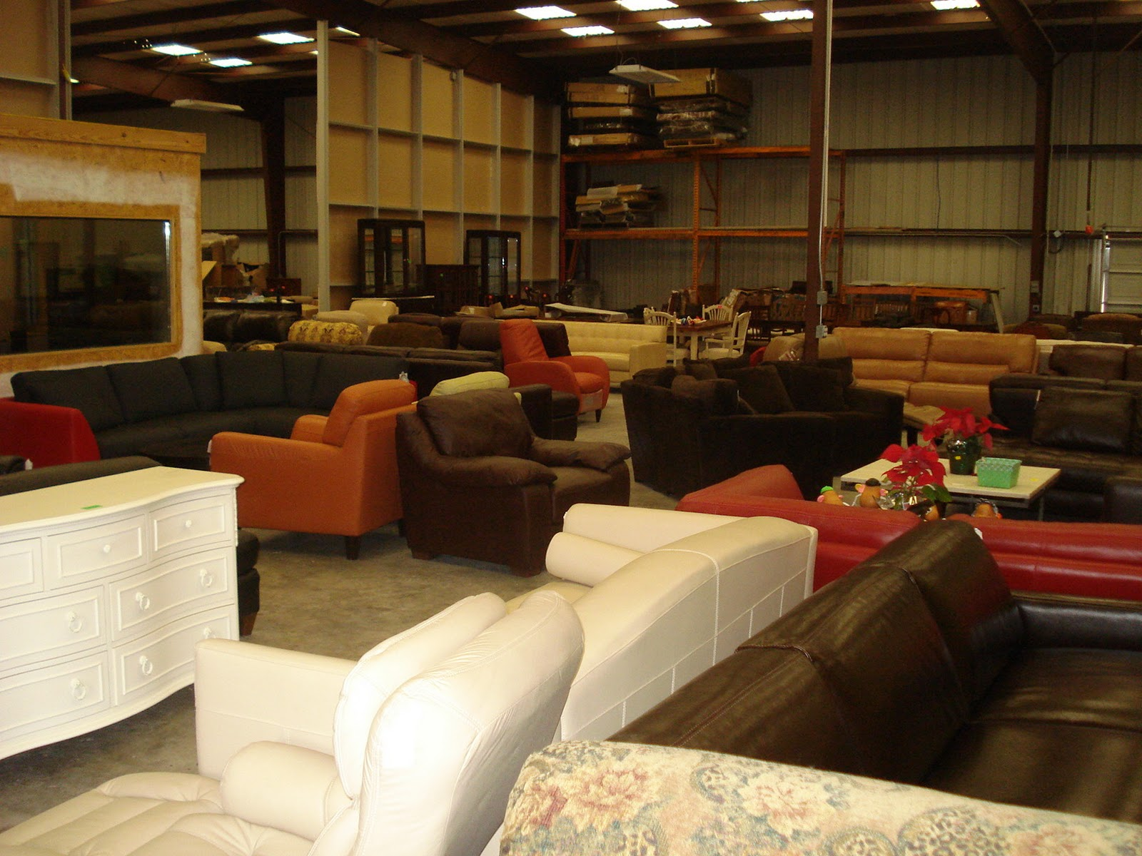 Furniture Stores Austin Tx Austin 39 S Couch Potatoes Italian Leather Lines 50 Of Retail Don
