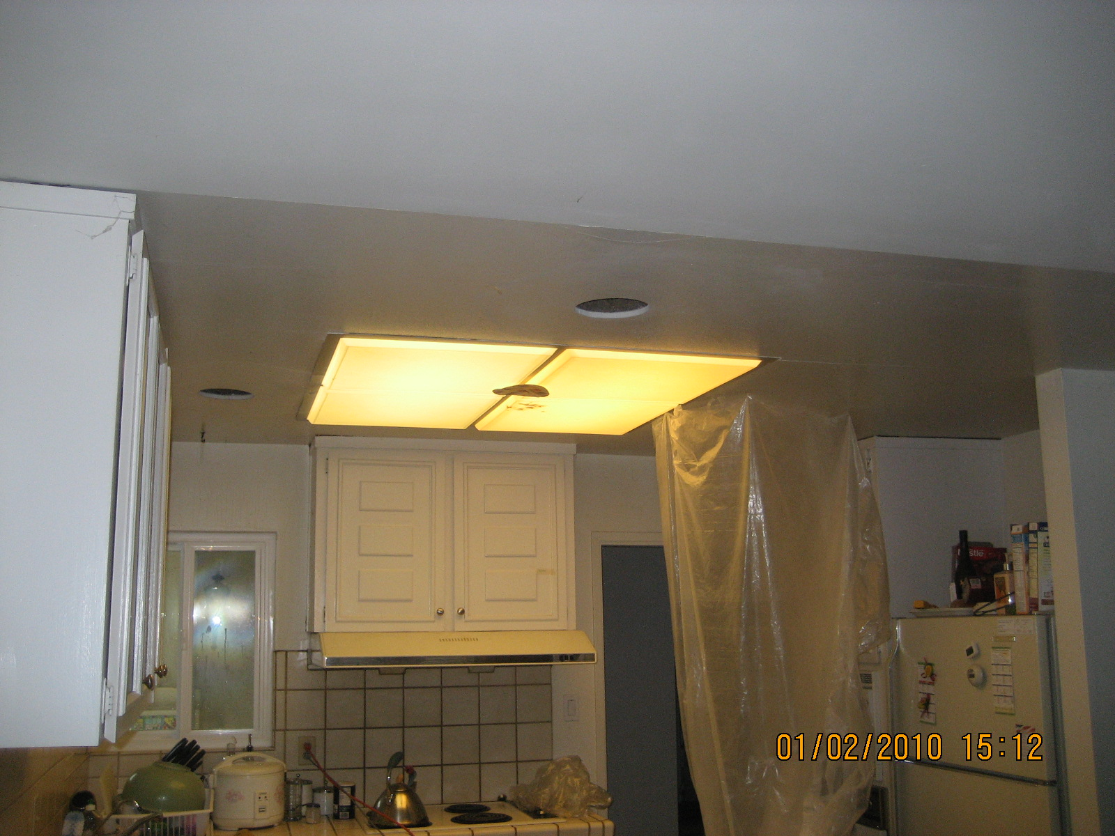 diynovice blogspot kitchen fluorescent light covers DIY Kitchen Remodeling Part II Construction