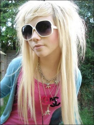 blonde emo hairstyles medium. blonde medium emo hairstyles. Cute Emo Girl Blonde Hairstyle Long Blonde Emo