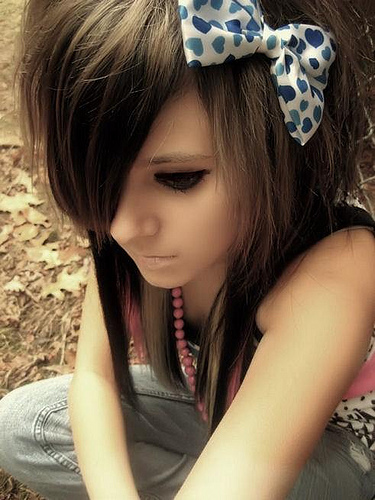 2010 Cute Long Hairstyle for Teenage Girls Emo Hairstyles For Girls.D