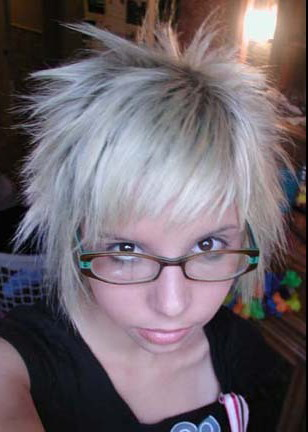 emo hair color pictures. emo hairstyles for girls with