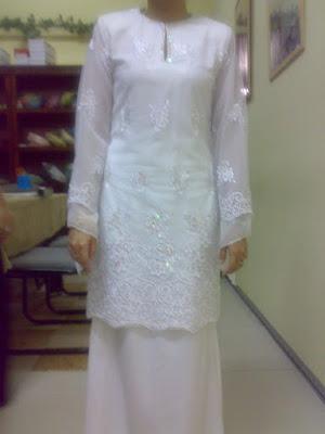 semuanya baju nikah cantik cantik leh la buat contoh baju nikah nanti