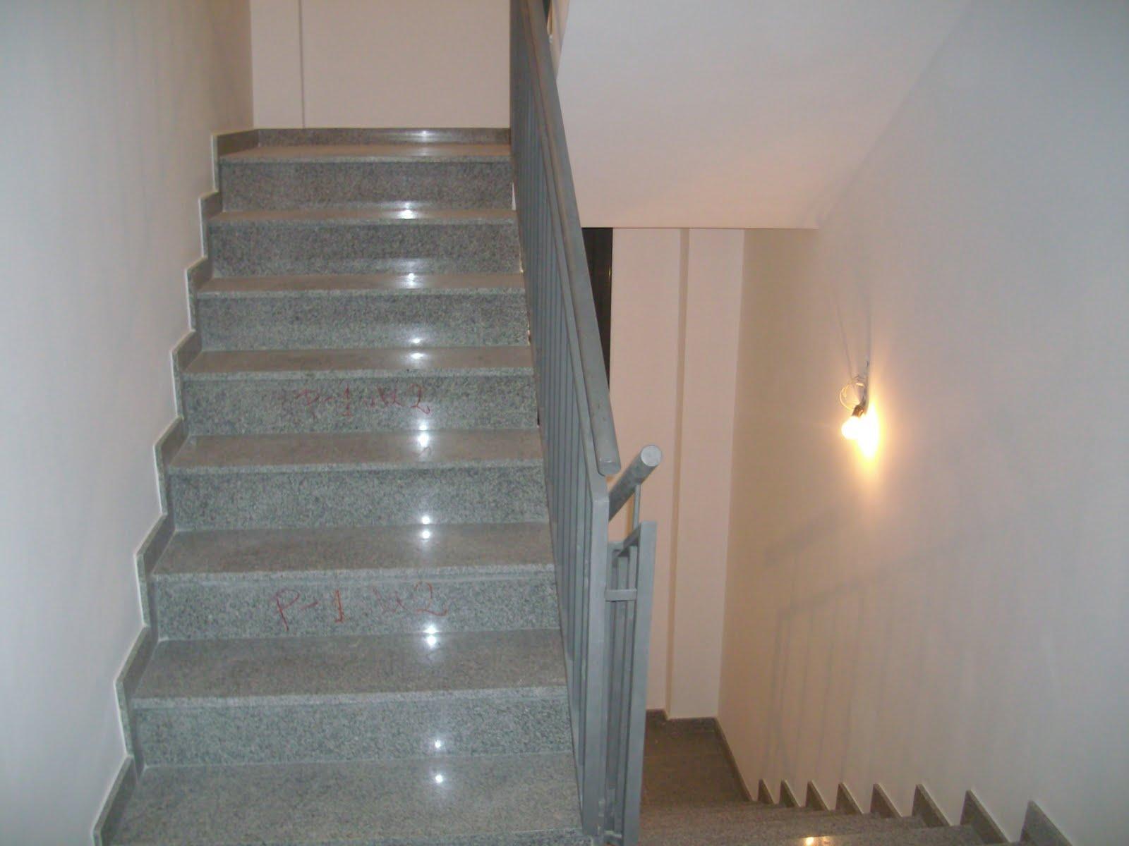 Marmol barcelona marmol granito silestone compac - Marmol para escaleras ...