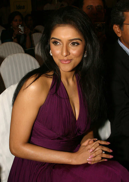 Gorgeous Asin at the Announcement of 55th Idea Filmfare Awards