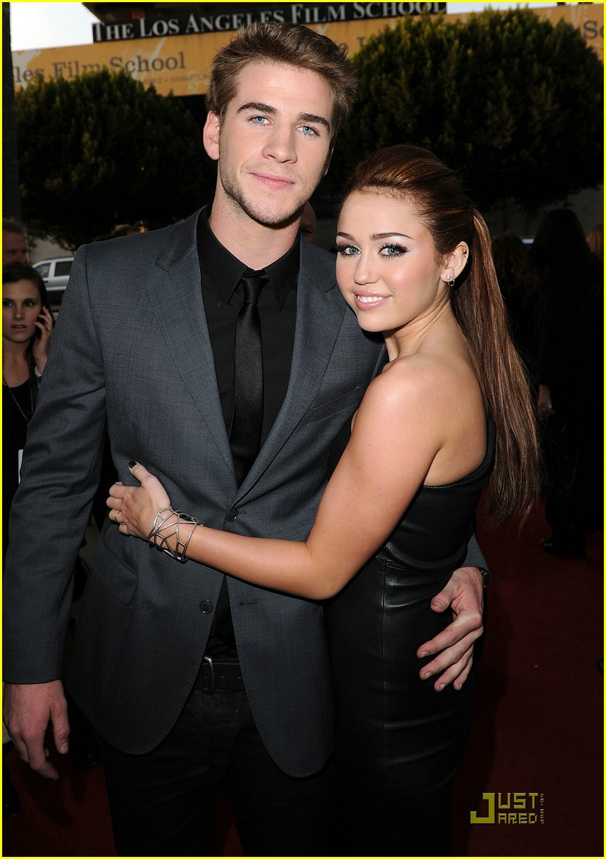 WorthFun: Miley Cyrus & Liam Hemsworth 'The Last Song ...