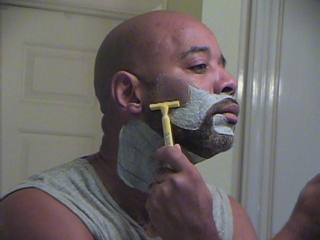 Black Ti Cosmetics: The Ti Razor