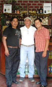 Maestro Vidal Huaman (Ayacucho) y Delmer Murillo (Ancash)