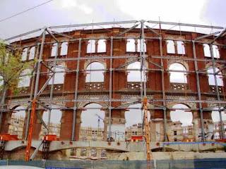 De Las Arenas de Barcelona sólo han dejado la fachada