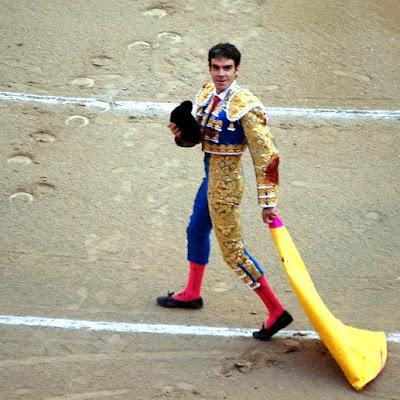 José Tomás da la vuelta al ruedo tras cortar dos orejas en Madrid