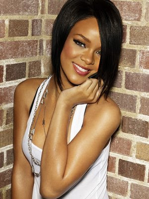 Rihanna hair:Rihanas medium bob hairstyle