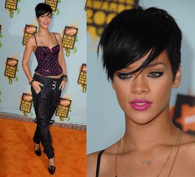 Rihanna hair:Rihanna short layered fringe hair style