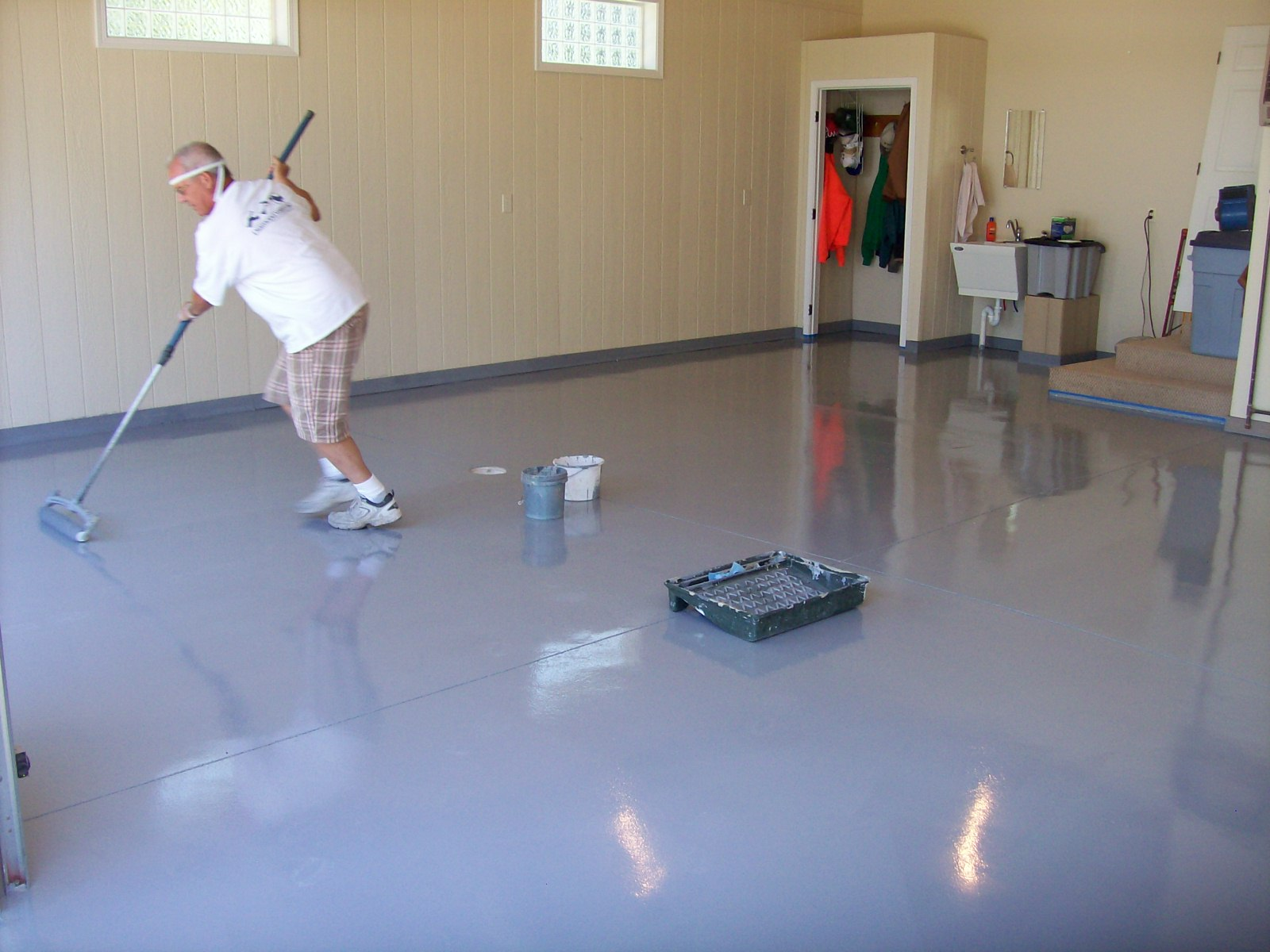 this is steve the owner of floor it inc the floor is finished and ...