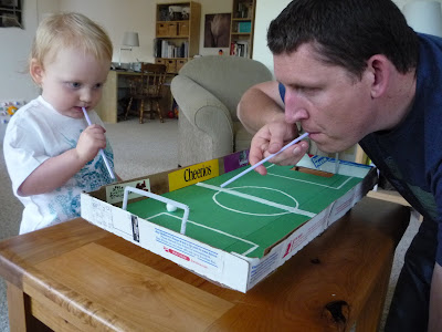 crafty mama pizza box football. Black Bedroom Furniture Sets. Home Design Ideas