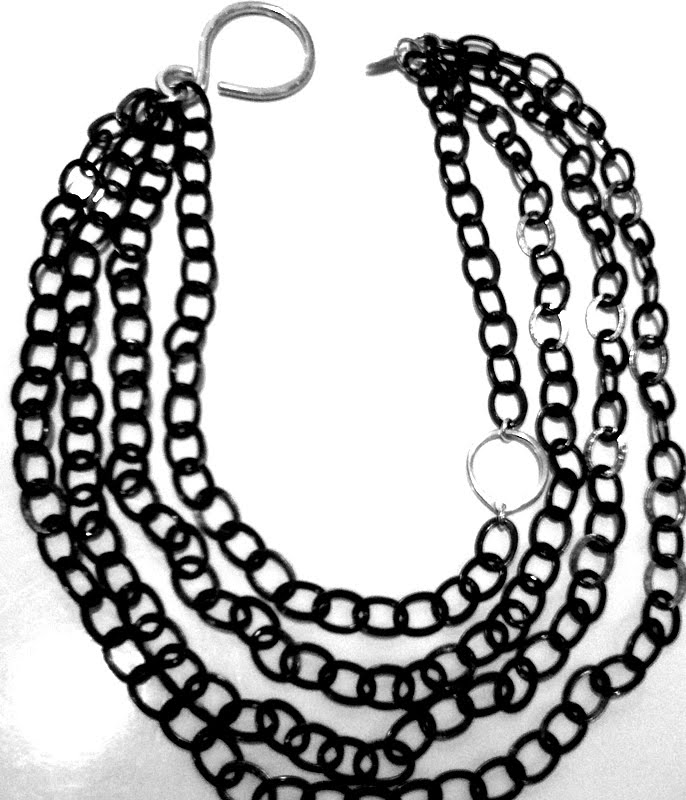 [chain+necklace]