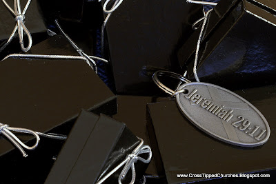 Small black gift boxes with Jeremiah 29:11 keychain.