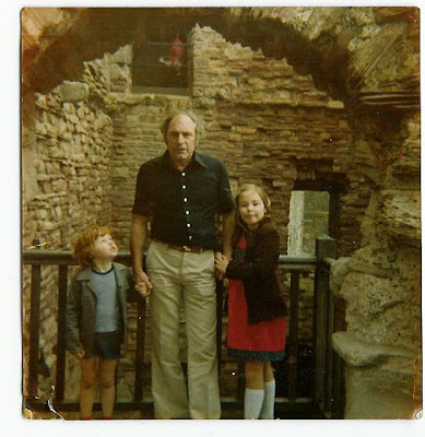 Real Ghost Photo: Another Tantallon Castle Ghost Photo shot 30 years ago