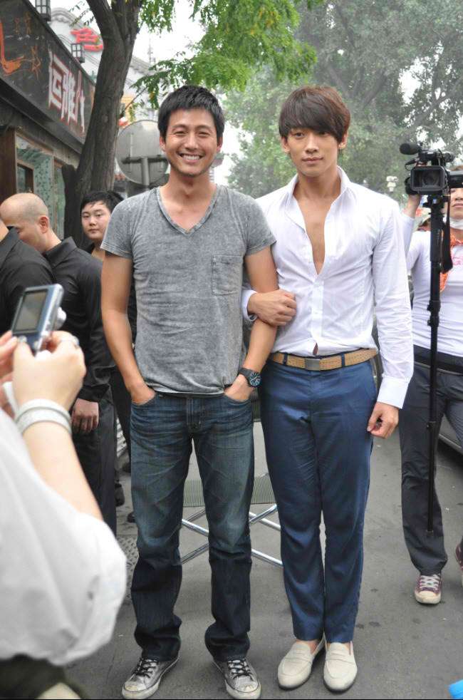 http://2.bp.blogspot.com/_-x7gqq9QJuA/TFj9ONI3jWI/AAAAAAAAN7c/keII5Y4etG4/s1600/1+koreabanget.jpg