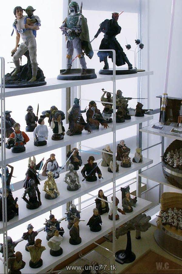 http://2.bp.blogspot.com/_-x7gqq9QJuA/TIBbdyJwC4I/AAAAAAAARcI/D0uhbl-JaV4/s1600/incredible_star_wars_collection_17.jpg