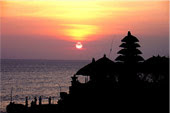Pura Tanah Lot, sunset in Bali, tourism, holiday in Bali, business in Bali